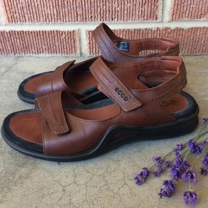 Ecco Light Sandals Brown Leather Velcro Straps 36